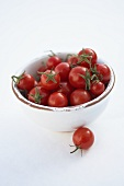 Cherry tomatoes in small bowl