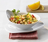 Chick-pea salad with orange and peppers