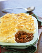 Cottage pie (savoury mince with mashed potato topping)