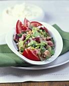Bohnensalat mit Auberginenwürfel und Rucola