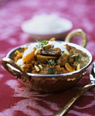 Chicken with apricots (Ayurvedic cuisine)