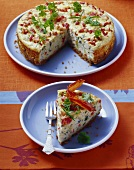Pepper and leek quiche with fried bacon