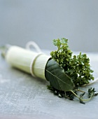 Bouquet garni (with bay leaf, thyme and parsley)