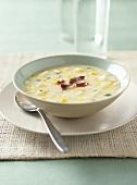 Kohlrabi soup with sweetcorn