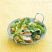 Caesars Salad mit Hähnchenbrust