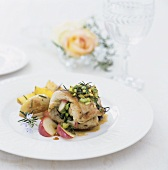 Chicken roulade with pistachios