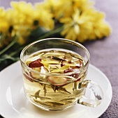 Hawthorn tea with chrysanthemum petals
