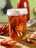 Pikant eingelegte Tomaten