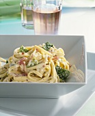 Fettuccine with savoy cream sauce