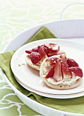 Pancakes with mascarpone and strawberries
