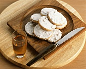 Amaretto biscuits