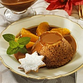 Ginger sponge with chocolate sauce