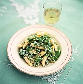 Penne with peas and rocket