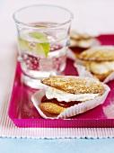 Raspberry and cream shells