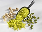 Pistachios: chopped, shelled and unshelled with scoop