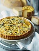 Quiche with five different cheeses