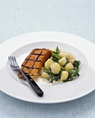 Gnocchi with spinach and smoked salmon
