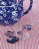 Teapot and tea utensils