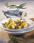 Oven-roasted potatoes with herbs