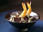 Schwarzer Reis mit Garnelen