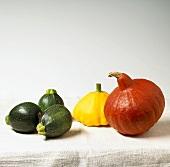 Round courgettes, patty pan squash and Hokkaido squash