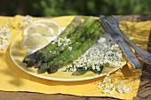 Green asparagus with elderflower vinaigrette