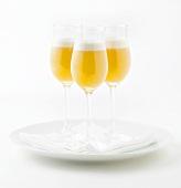 Tangerine-Mimosa (Cocktail mit Prosecco und Fruchtsaft)