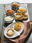 Orange tartlet with ingredients