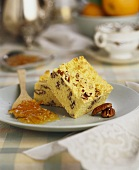 Pecan slices with orange marmalade
