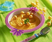 Carrot puree with soup pearls