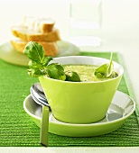 Basil and broccoli soup