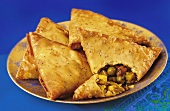 Vegetable samosas (spicy pasties, India)