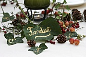 Ivy place cards for wintry fondue meal