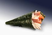 Tuna temaki sushi