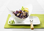Red cabbage and tofu salad