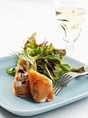 Salmon rolls with prunes