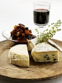 Three kinds of cheese with chutney