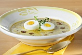 Sour flour soup with egg