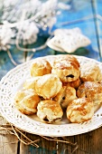 Puff pastries with mushroom filling