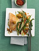 Salmon fillet with chard, cooked in wok