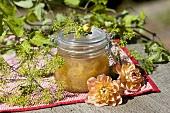 Stachelbeer-Chutney im Einmachglas