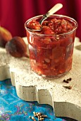 Fig and raisin chutney