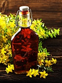St. Johns wort oil and flowering St. Johns wort