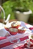 Mini muffins with cherries