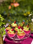Rhubarb muffins with basil cream