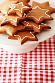 A plate of gingerbread stars