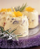 Frozen yoghurt with rosemary and candied fruit
