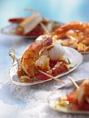 Prawns with ginger and tomato dip in shells
