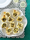 Baked filo pastry baskets with mushroom filling