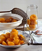 Making apricot compote